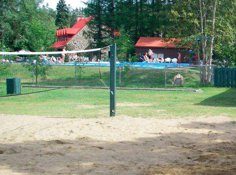 Parc_Ile_Melville_Volleyball
